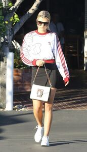 sweater,sweatshirt,cropped sweater,sneakers,skirt,sofia richie,streetstyle