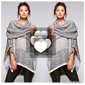 sweater,poncho,fall outfits,fall weather,boho,boho chic,chic,grey,amazing,lovestitch,cowl neck,bohemian,winter sweater,grey sweater,instagram