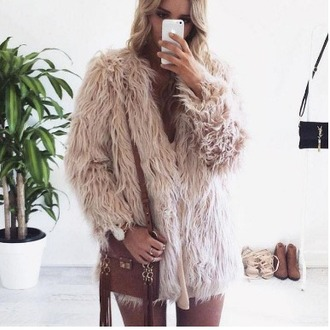 coat girl girly girly wishlist pink fur coat tumblr instagram fur