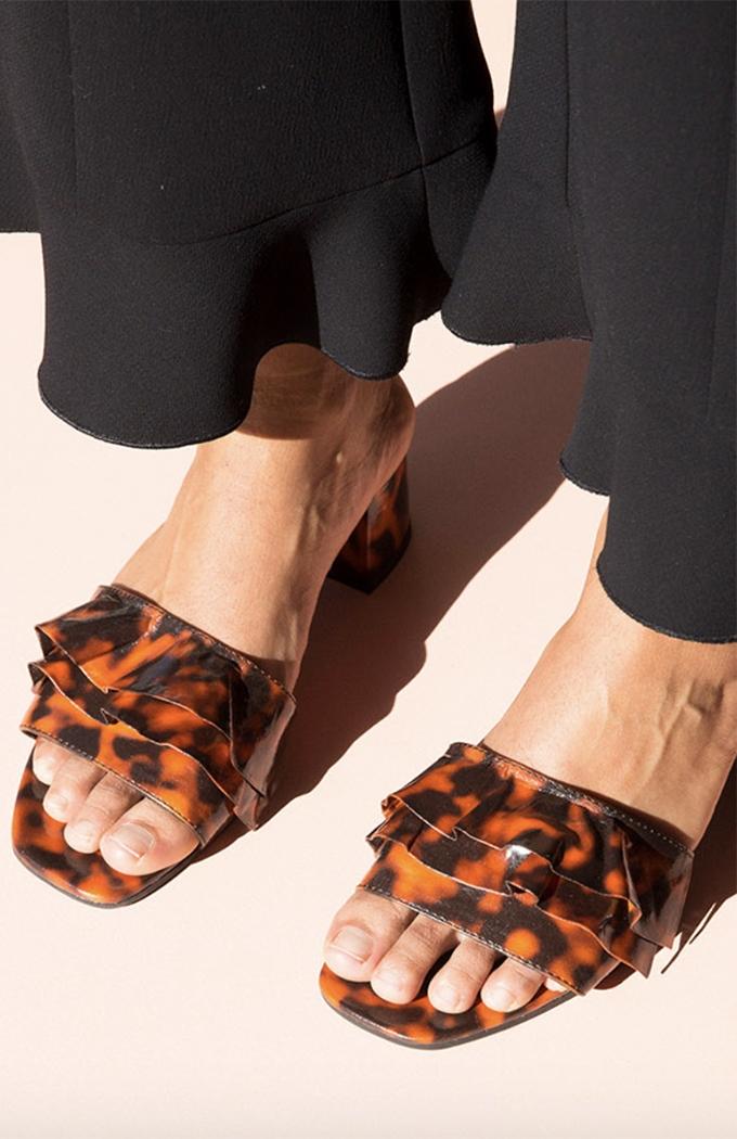 Bonnie Ruffle Sandals - Tortoiseshell