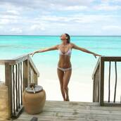 swimwear,melissa odabash bikini,bikini,white bikini,swimwear two piece,white swimwear