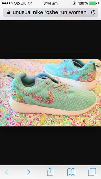 shoes floral mint green shoes nike roshe run floral nike running shoes mint green shoes