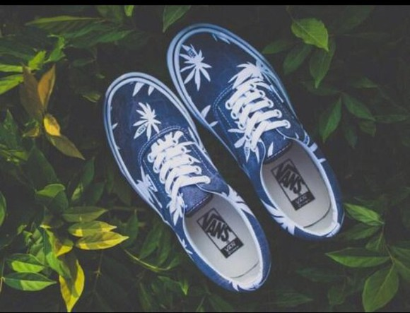 white shoes jeans blue cute hipster vans sneakers skater palm tree print palm leaf