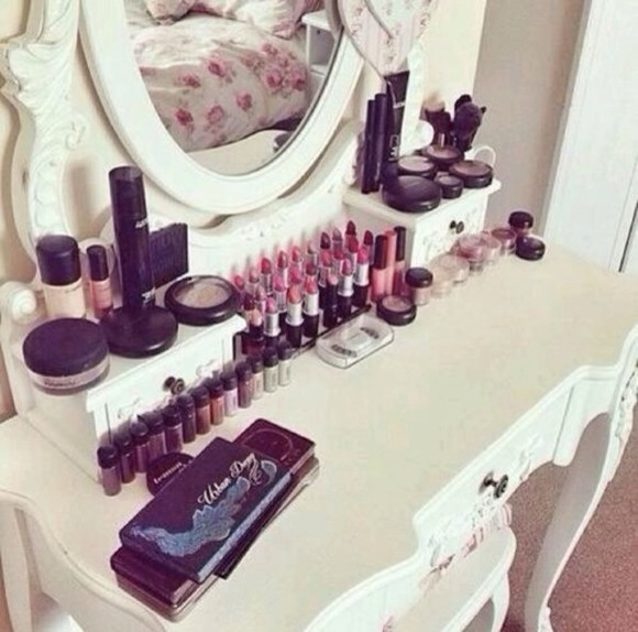 mirror jewels white makeup table