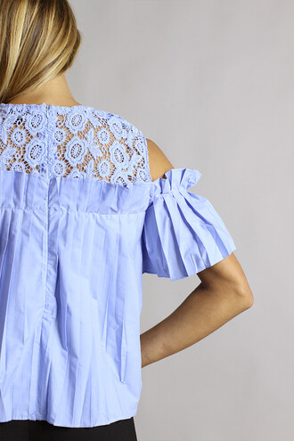 blouse style mafia off the shoulder