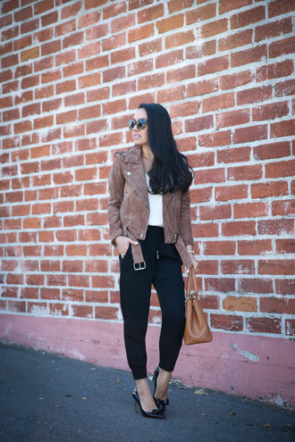 stylish petite blogger pants tank top jacket shoes bag jewels handbag black pants suede jacket spring outfits pumps