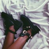 shoes,black shoes,blackshoeswithbuckle,blackshoeswithgoldbuckle,blackshoeswithcutout,boots,openankleboots,blackboots,ankleboots,black