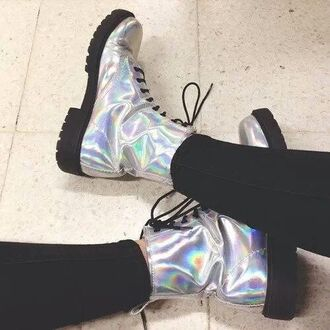shoes boot boots metallic me boots silver silver boots drmartens holographic tumblr tumblr girl tumblr shoes shorts holographic shoes metallic shoes grunge grunge girl doc martins teenagers cool grunge shoes
