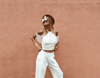 mexiquer blogger off the shoulder off the shoulder top white top all white everything white pants white crop tops high waisted pants fringed top summer top date outfit boho chic