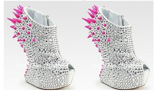 Shinning Crystal Pumps Pink Spikes No Heel Rhinestone New Fashion Shoes-in Pumps from Shoes on Aliexpress.com