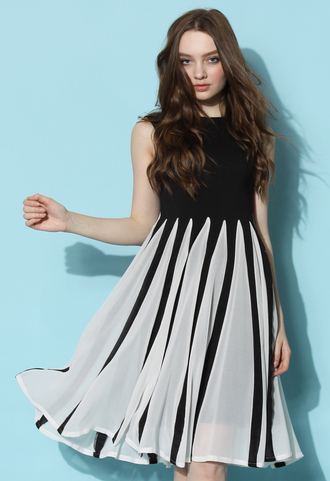 dress chicwish chicwish.com pleated crepe dress keyboard dress