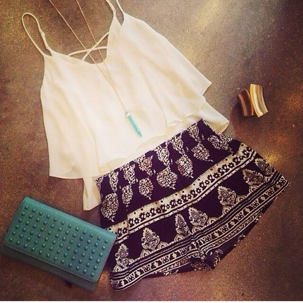 shorts blouse cute shorts black and white white blouse long necklace cute outfits blue wallet gold bracelet bag jewels