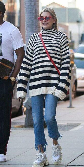 sweater stripes striped sweater jeans model off-duty hailey baldwin