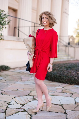 something delightful blogger dress shoes bag jewels red dress pumps