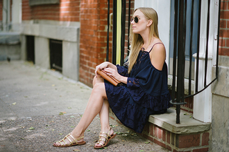 eat sleep wear blogger bag off the shoulder navy sandals summer outfits