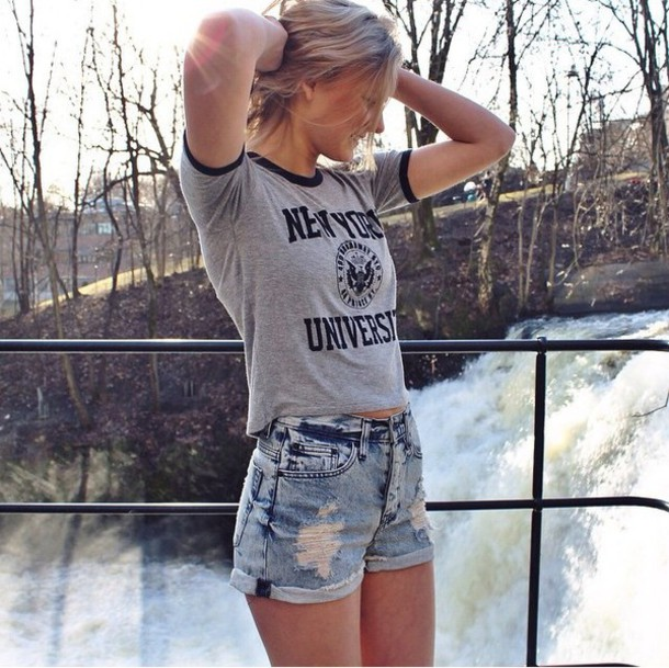 College Street Style in New York City | Best Campus ... |New York Girl Clothing