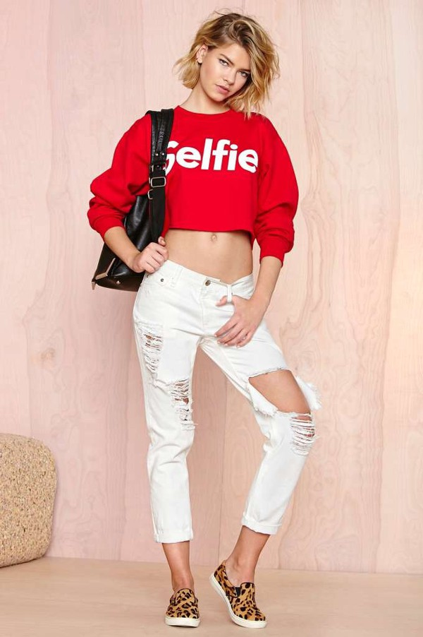 sweater selfie cropped sweater crop sweatshirt jeans sweater