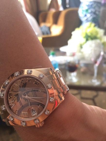 jewels rose gold diamonds rolex