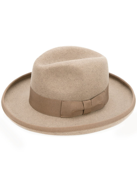 classic hat nude