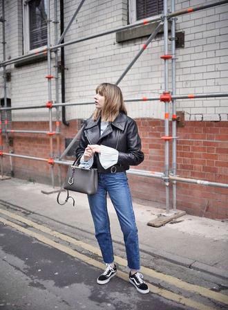 shoes vans vans outfits sneakers black sneakers denim jeans blue jeans bag grey bag jacket black jacket leather jacket black leather jacket
