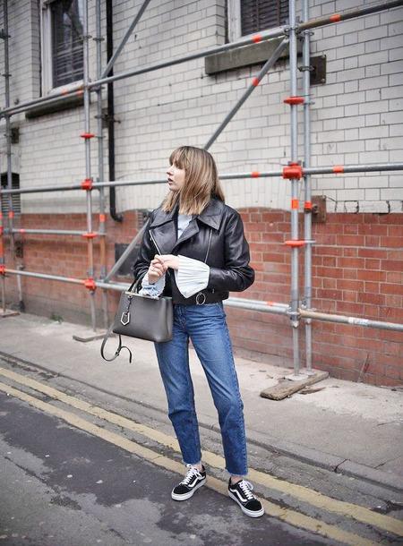 838498bedeadab shoes vans vans outfits sneakers black sneakers denim jeans blue jeans bag  grey bag jacket black