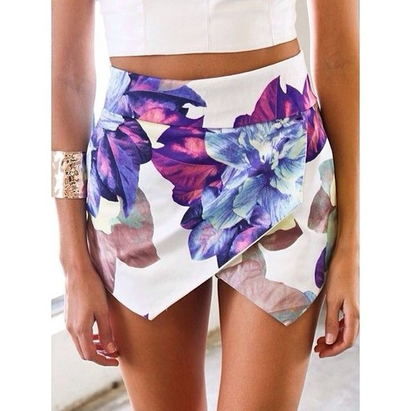 white skirt short skirt short flowers colours colors flower zara skirt skort crisscross shorts floral blue skirt purple floral skort girly pretty summer skort white skort