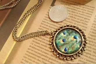 jewels eye bird eye pfau pfauen auge auge green gold vintage round chain gold chain gold necklace jewelry accessories necklace feathers
