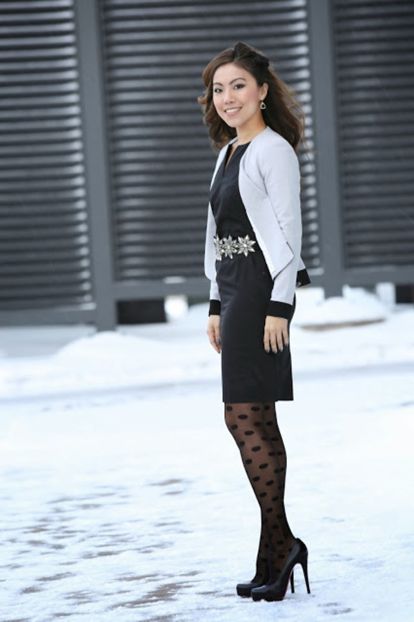 wearing fashion fluently dress jacket belt shoes