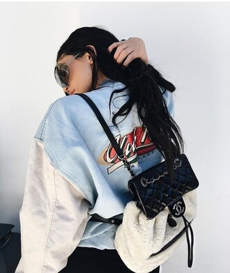 jacket kylie jenner denim blue white black kendall and kylie jenner denim jacket bag chanel chanel bag blue and white backpack oversized jacket bomber jacket