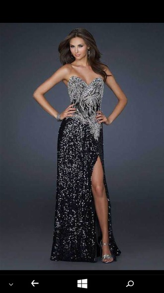 dress prom dress black and sliver color slit dress wavy hair sliver heels long black prom dresses black and silver sequin sequins long dress long prom dress fabulous strapless fashion vibe new year dresses evening dress black silver sliver shoes