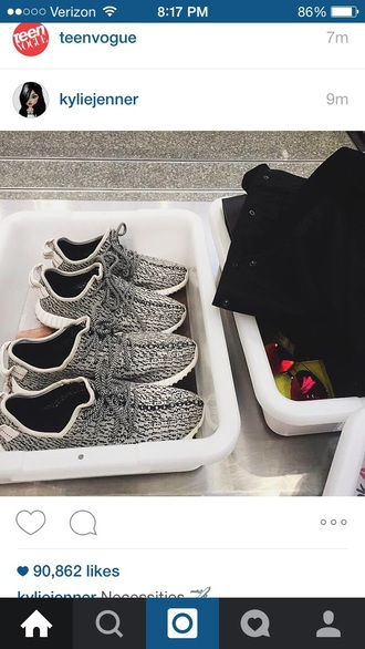 shoes athletic workout shoes roshe runs gray grey kylie jenner sneakers