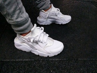shoes white air nike air max sneakers kicks trainers huarache nike air huarache all white harauches white sneakers running shoes style all white nike huaraches