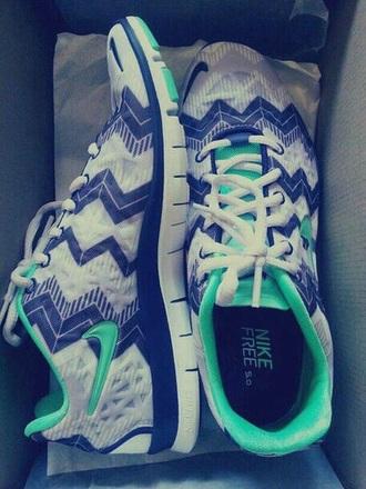 shoes nike zigzag cute blue turquoise nike aztec roshe run