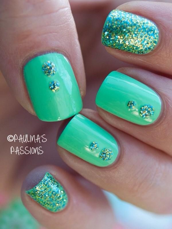 Узор для ногтей зеленый