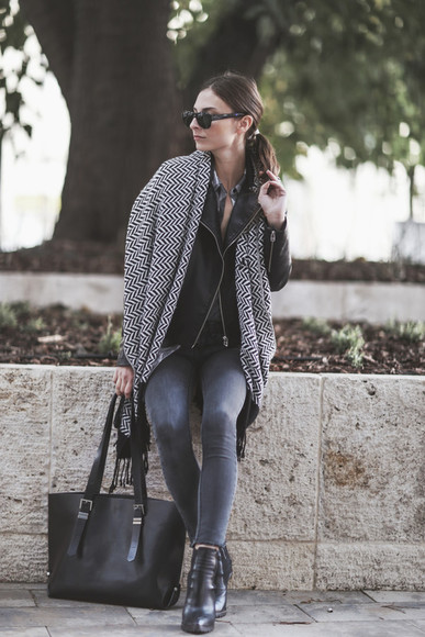 blogger jeans perfecto bag sunglasses fall outfits venka vision knitted scarf chevron