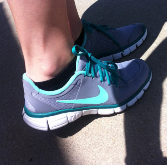 shoes teal nike nike running shoes tiffany blue nikes