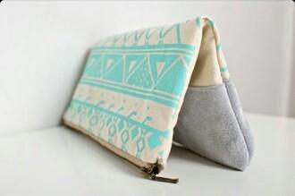 bag aztec aztec print aztec pattern wallet accessories style girly makeup bag
