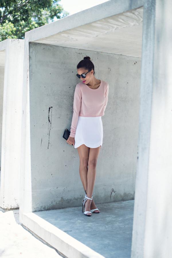 skirt mini skirt jumper heels sandal heels pink white white skirt black black clutch bag sunglasses summer shoes