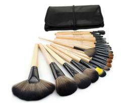 Roll Away Makeup Brush Set – Dream Closet Couture