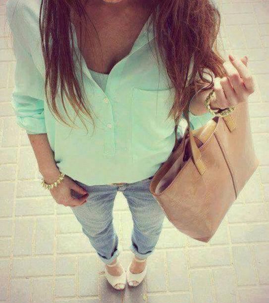 Fashionable Clothes Shoes Jeans Lipsticks Nail Polish: Shoes: Jeans, T-shirt, Turquoise, Top, Jewels, Nail Polish