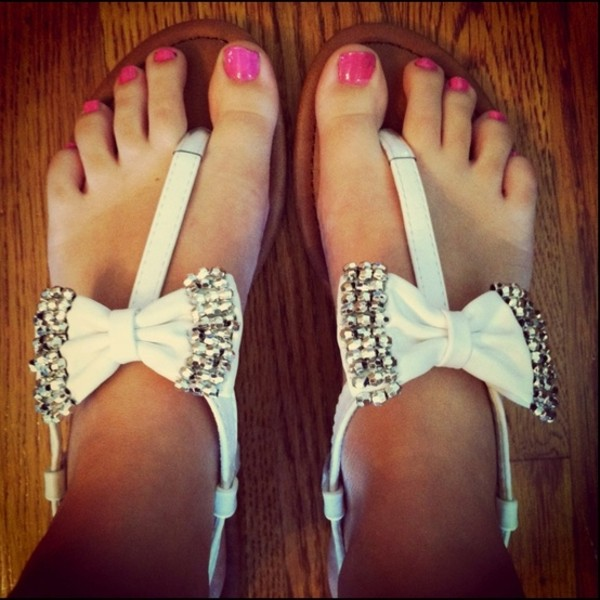 shoes white bow sparkle jewels cute white sandals