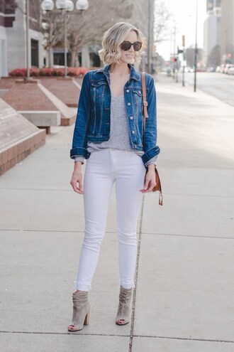 straight a style blogger dress jacket shoes top denim jacket ankle boots peep toe boots shoulder bag white jeans