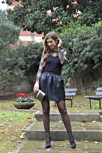 cosamimetto blogger skirt shoes bag jewels black skirt pumps