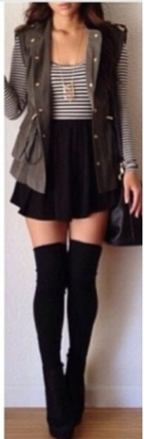 jacket jewels shoes socks tights sweater coat skirt