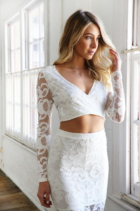 Esther lace crop white
