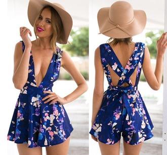 jumpsuit floral blue model