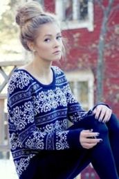 sweater,snow patten,warm,snowflake,print,christmas,style,holiday season,winter sweater,heart,royal blue,navy blue sweater,blouse
