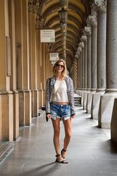 styling my life,blogger,jacket,shoes,bag,sunglasses,white top,denim shorts,animal print,flats,black flats