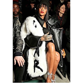 coat fur fur coat celebrities in white celebrity bad bitches link up rihanna rihanna style dope dope wishlist style fashion fashion week 2015 paris paris fashion week white top black black and white cool sweet fall outfits fall jacket