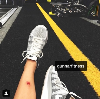 nike nike running shoes nike sneakers nikes kendall jenner nike air nike free run white black fitness active shoes instagram activewear shoes